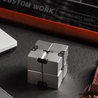 Спиннер Infinity Cube